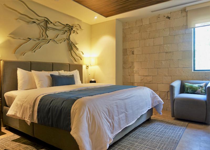 luxury room bed